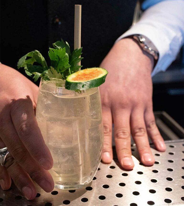 Bob-Milano-Cesar-Araujo-cocktail-estate-2019-vacanze-pagate