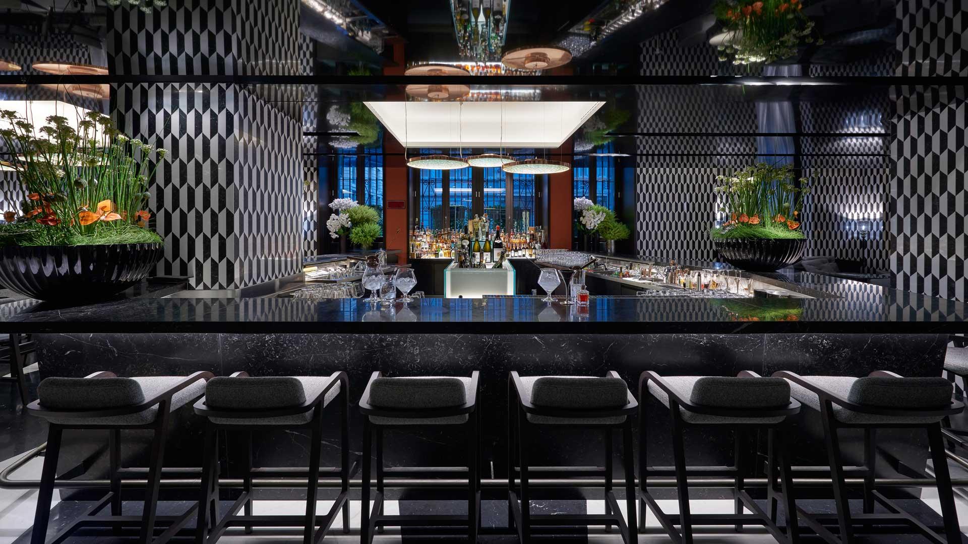 Mandarin-bar-bistro-Mandarin-Oriental-Coqtail-Milano