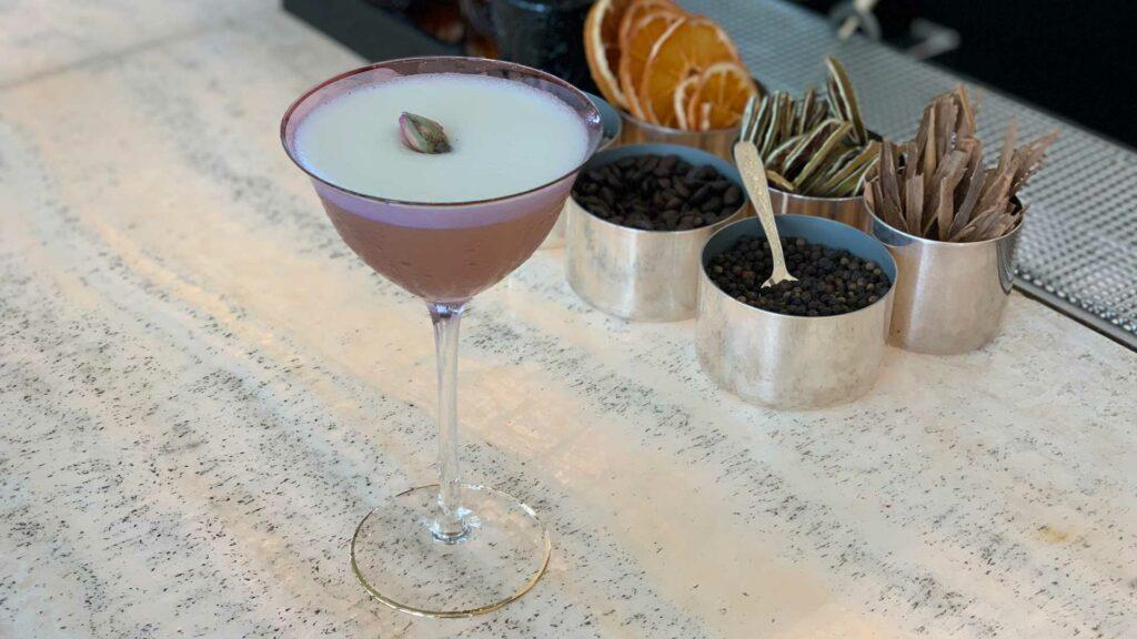 acquarosa-cocktail-leonardo-da-vinci-armani-bamboo-bar-Coqtail-Milano