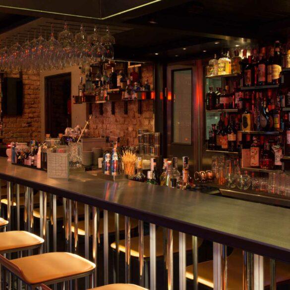 Dove-bere-whiskey-a-Milano-Bourbon-BOB-Coqtail-Milano