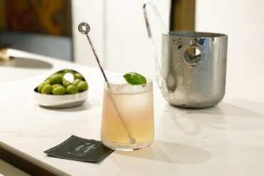 Voi-Due-Coqtail-Marco-Tavernese-It-Milan-Coqtail-Milano-Christofle-Goblet
