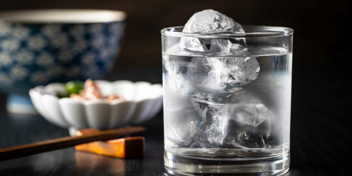 shochu-on-the-rocks