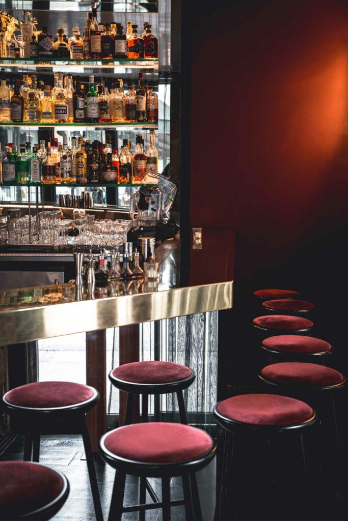 Divine-cocktail-bar-dove-bere-a-Parigi-Coqtail-Milano