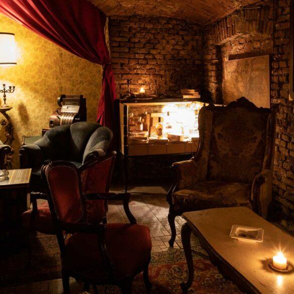 1930-Secret-cocktail-bar-50-best-bars-Coqtail-Milano