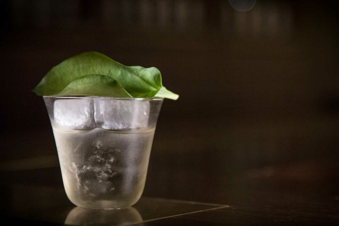 A-Moveable-Feast-Agung-Prabowo-The-Old-Man-Hong-Kong-Coqtail-Milano