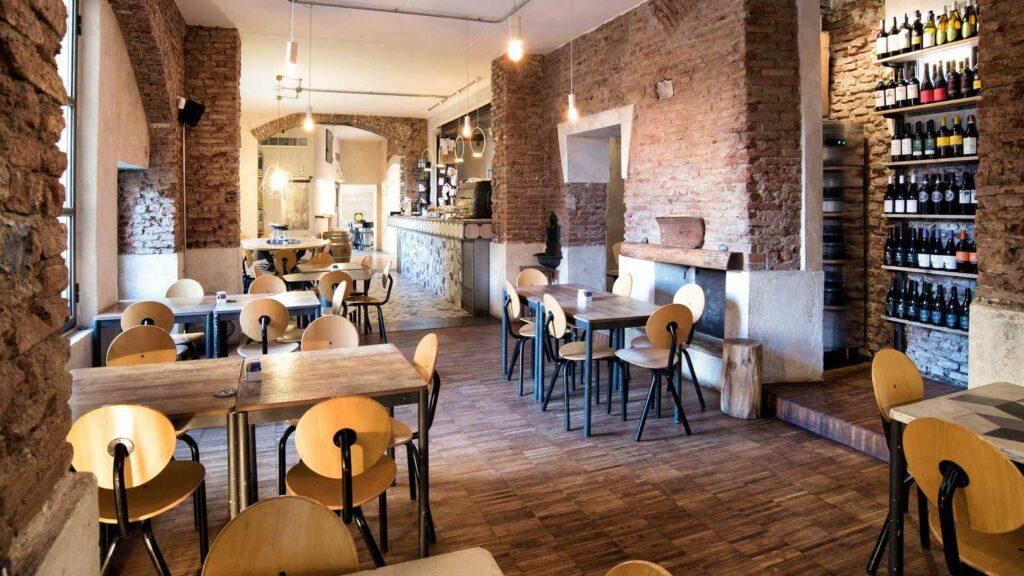 Bere-a-isola-Milano-cafe-gorille-milano-fondo-sala