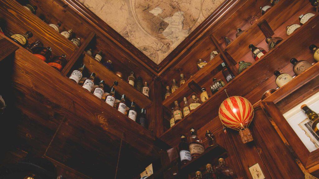 Cocktail-bar-sui-navigli-Backdoor43-Coqtail-Milano
