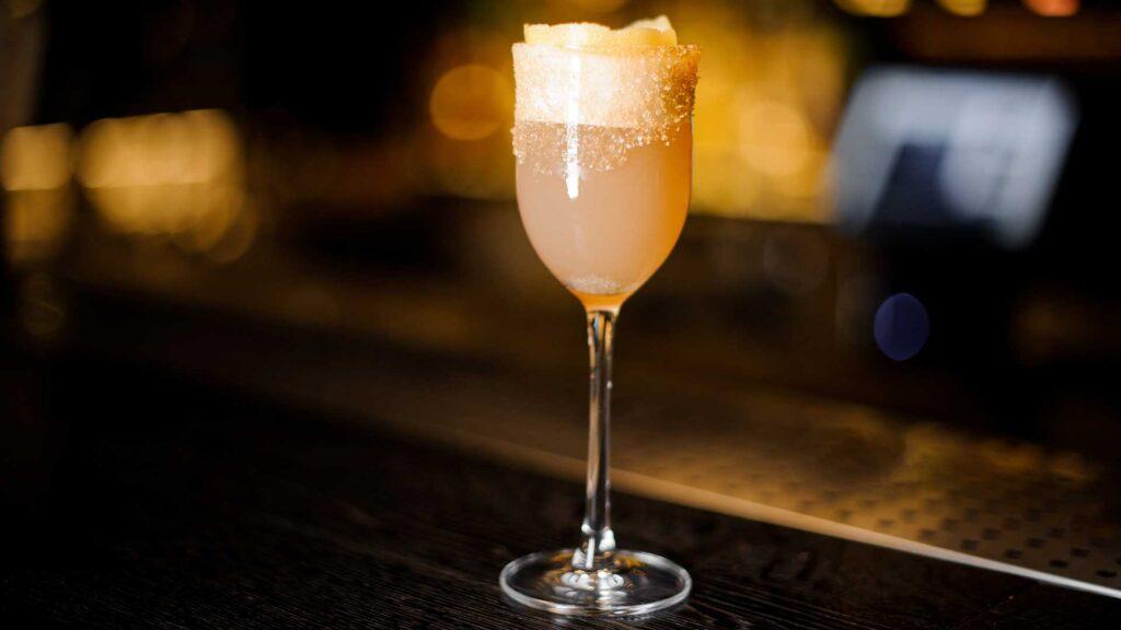 brandy-crusta-cocktail-ricetta-Coqtail-Milano