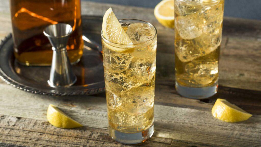 cocktail-al-whiskey-san-patrizio-whiskey-e-soda-Coqtail-Milano