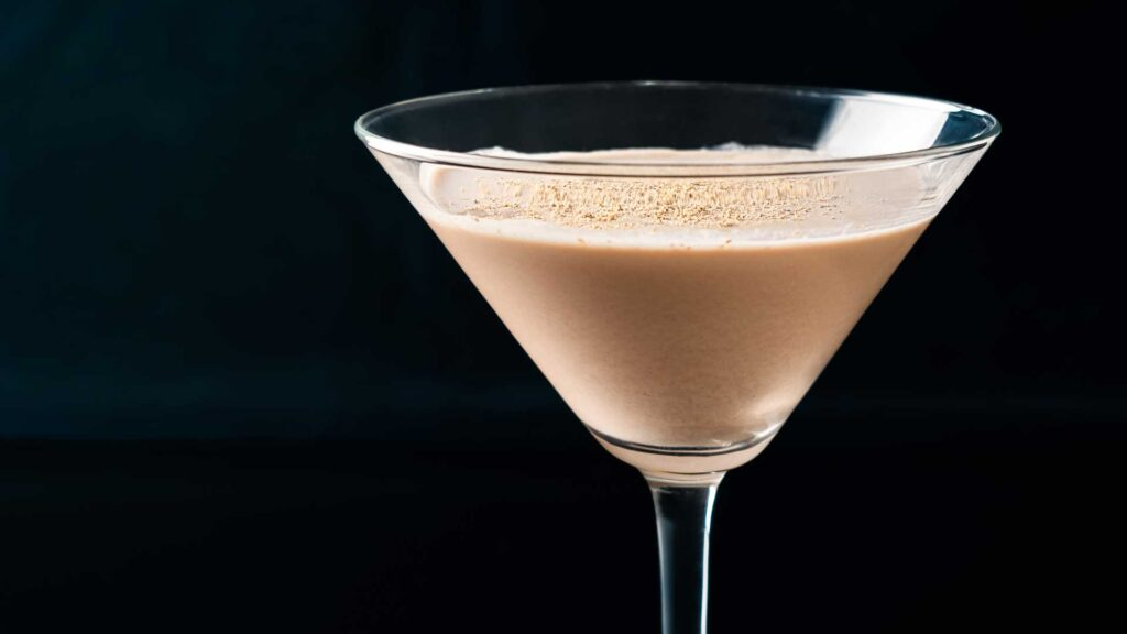 Cognac-Alexander-Cocktail-day-Coqtail-Milano