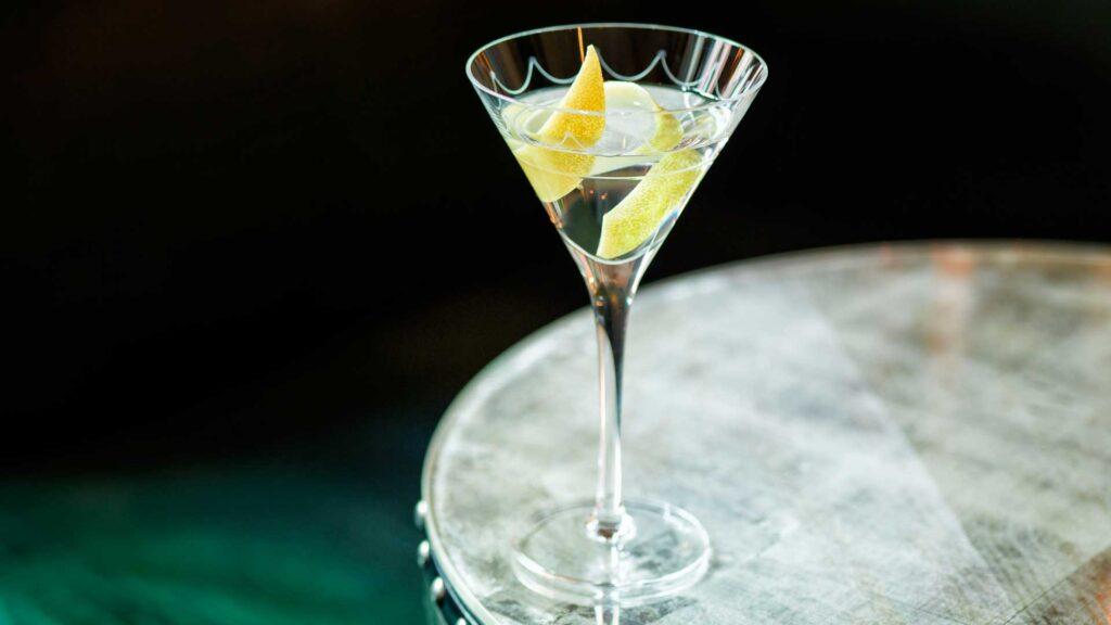 Due iconici Martini del Connaught Bar per il Martini Day   Coqtail Milano