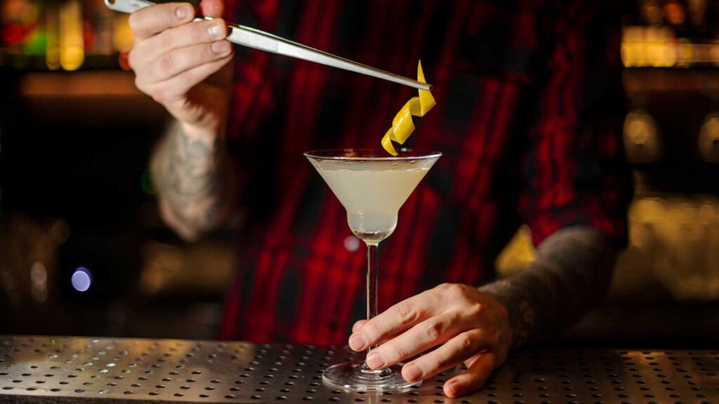 White-lady-cocktail-IBA-Harrys-Bar-Parigi-Coqtail-Milano