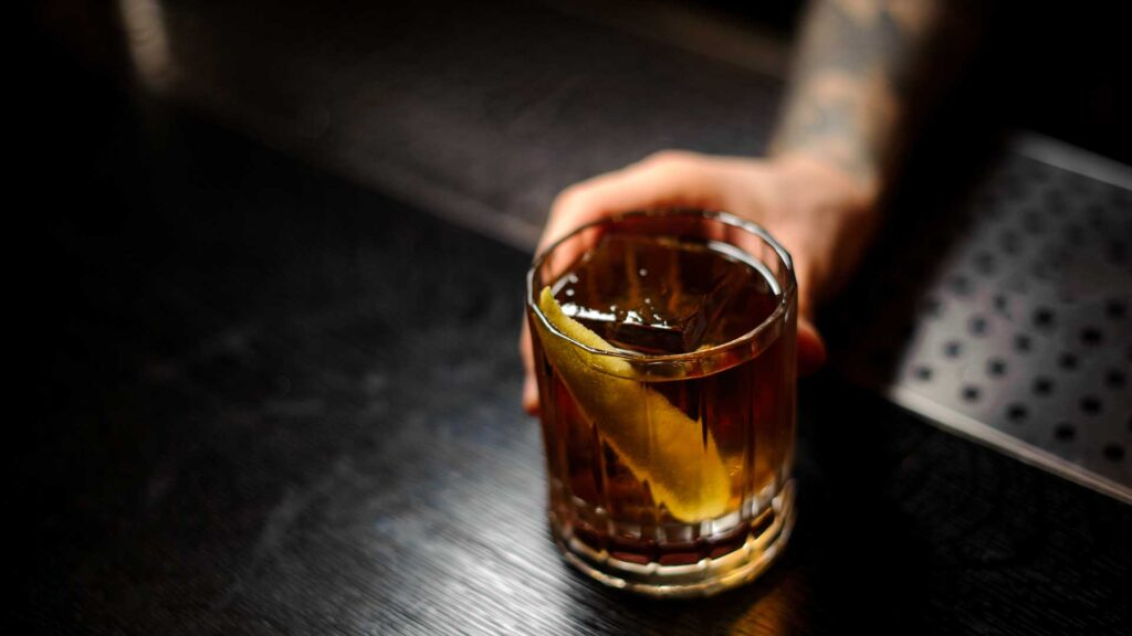 Rusty-Nail-cocktail-IBA-Coqtail-Milano