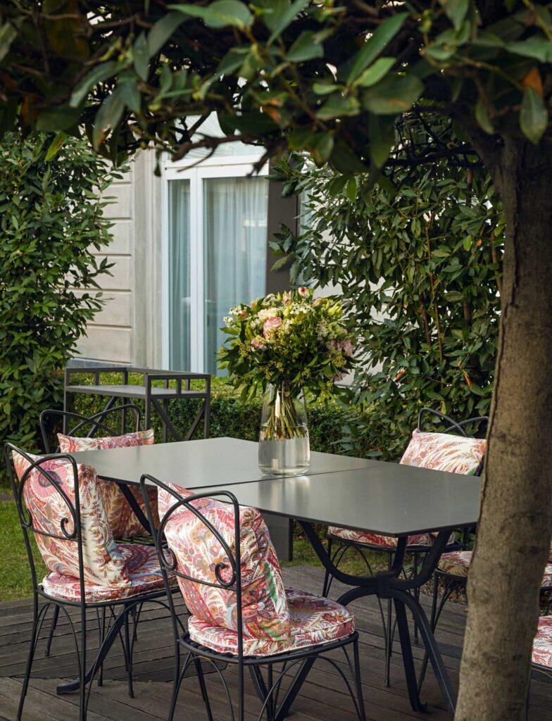 Four-Seasons-Hotel-Etro-Garden-Coqtail-Milano