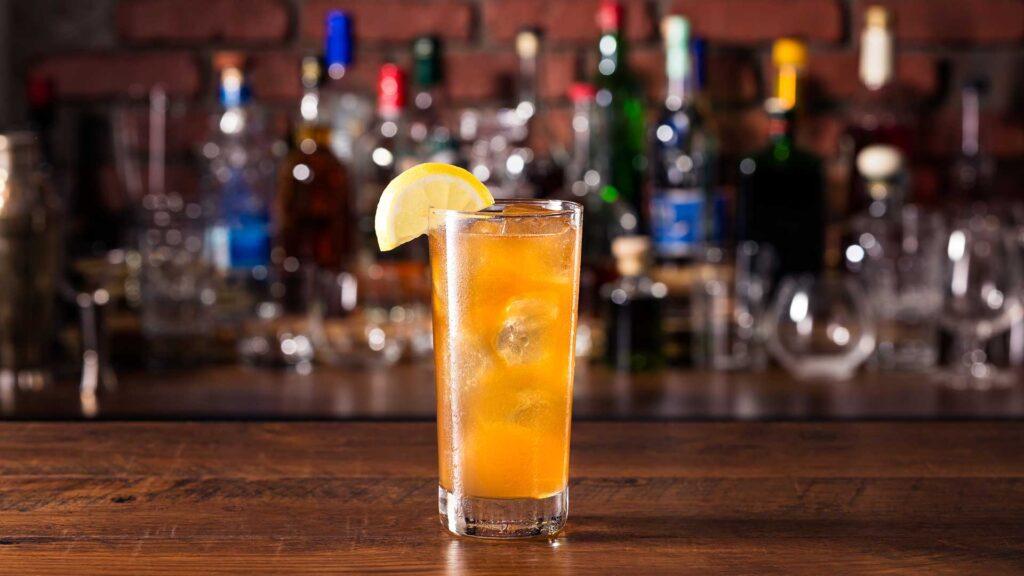 Long-Island-Iced-Tea-Cocktail-IBA-ricetta-Coqtail-Milano