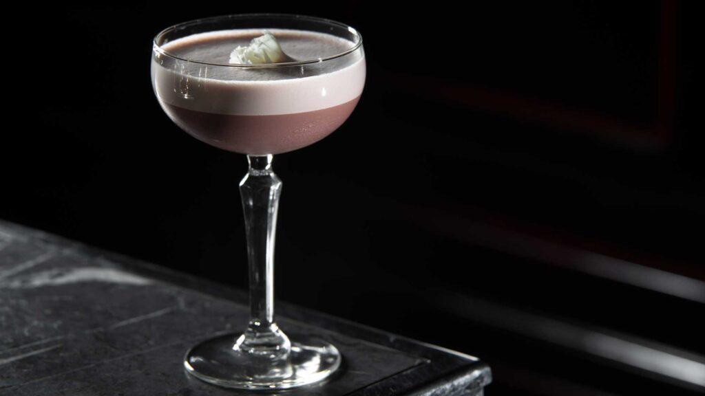 Porto-Flip-cocktail-IBA-Ricetta-Coqtail-Milano