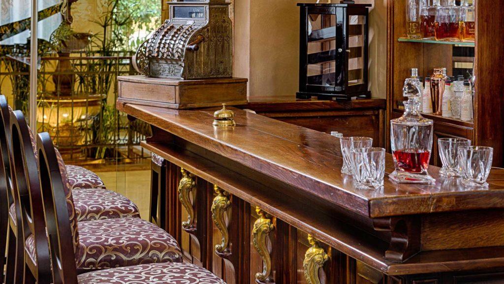 Bar-d'Italia-Gin-Lounge-Grand-Hotel-Fasano