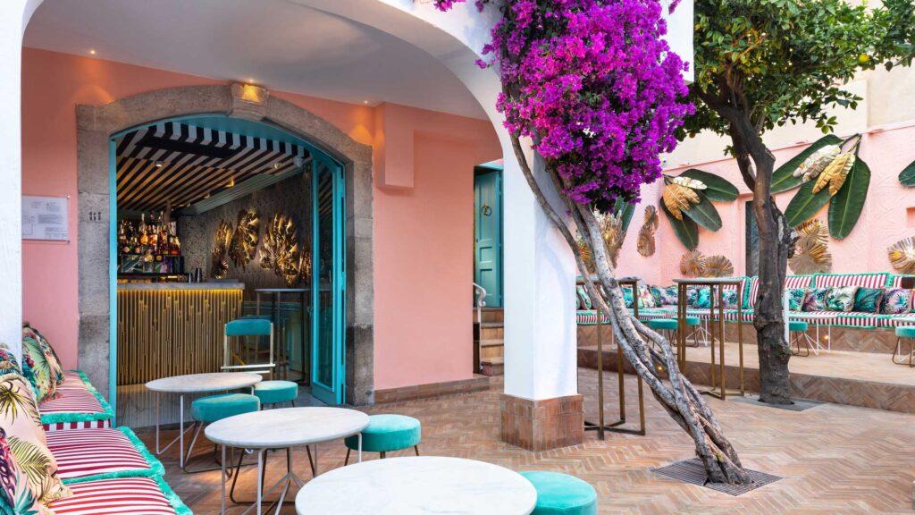Morgana-Lounge-Bar-Taormina-Ibiscus-garden-Coqtail-Milano