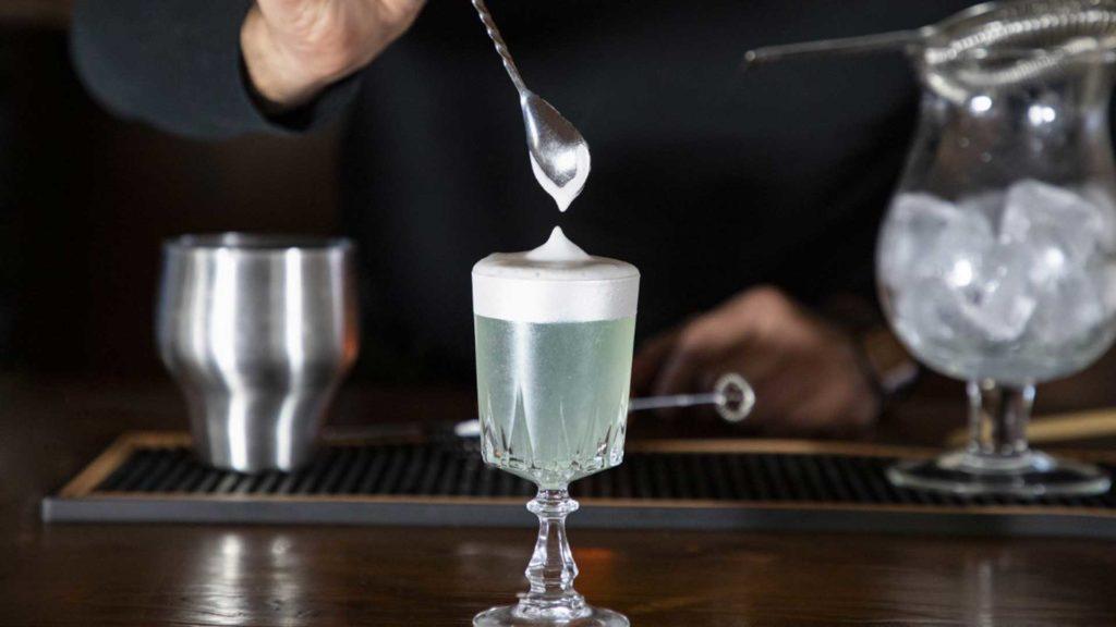 Acqua-dolce-cocktail-a-base-ArGINtario-Gin-Coqtail-Milano