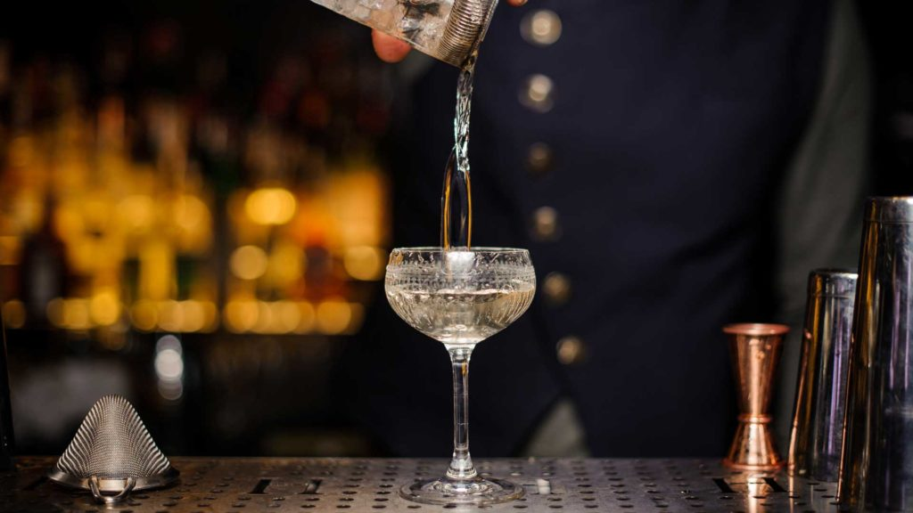 Gibson-ricetta-originale-drink-Coqtail-Milano