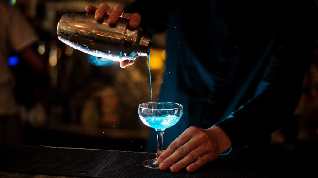 blue-bird-cocktail-ricette-Coqtail-Milano