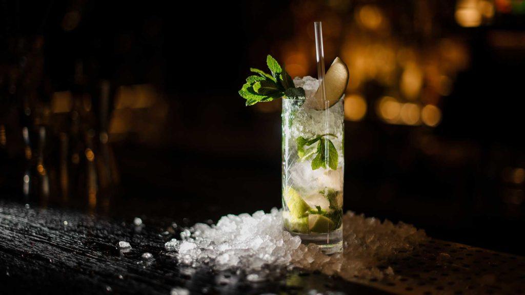 cocktail-più-consumati-al-mondo-Caipirinha-Coqtail-Milano