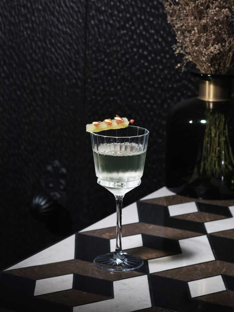 Cocktail-Invisibili-Antonio-Lai-Dew-You-See-What-I-See-Coqtail-Milano
