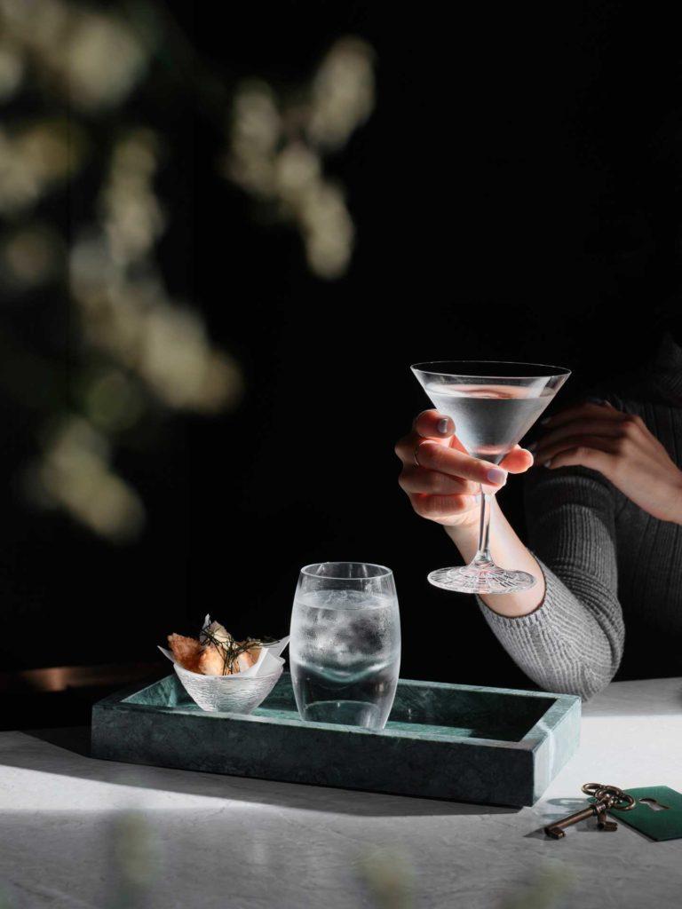 cocktail-invisibili-Deep-Sea-Martini-Coqtail-Milano