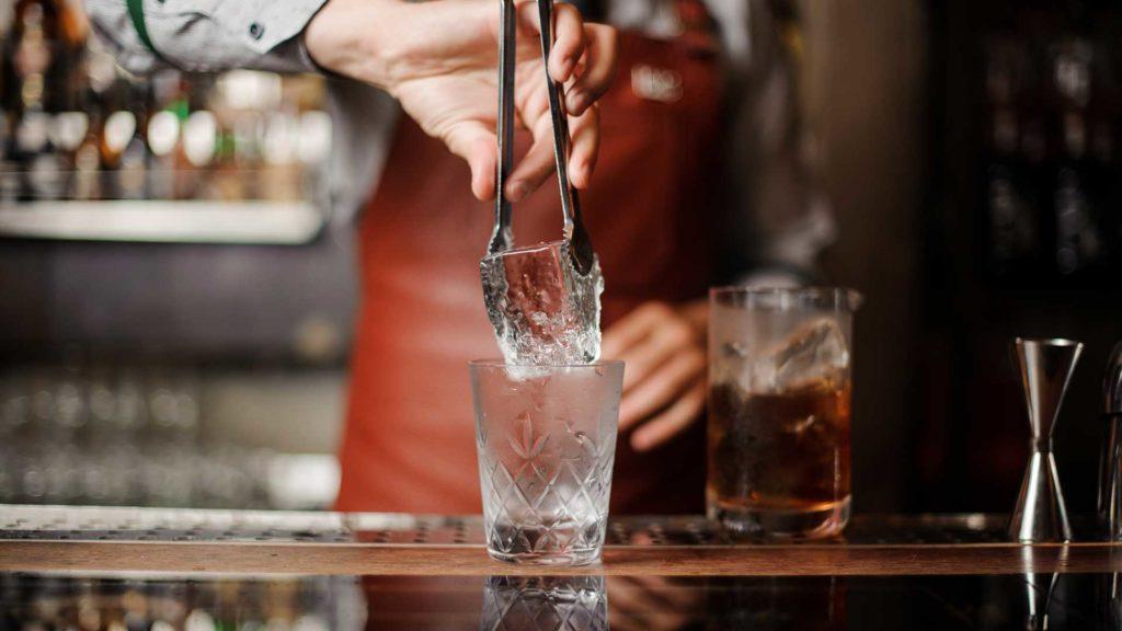 Cocktail-al-sambuco-irish-maid-Coqtail-Milano-