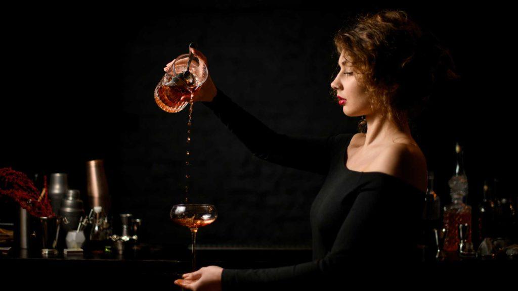 cocktail-al-gin-e-vermouth-rosso-Sweet-Martini-Coqtail-Milano