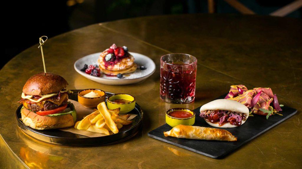 Food-pairing-cocktail-e-burger-Metropolita-Roma-Coqtail-Milano