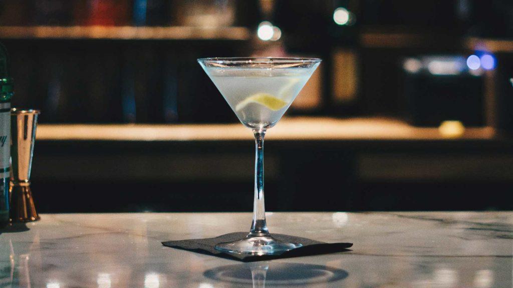 Martini-cocktail-cosa-si-mette-nella-ricetta-Coqtail-Milano