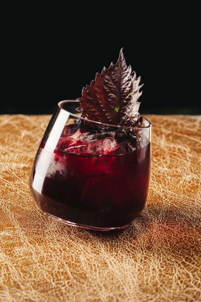 TCA_The-Bar_Drink-2_Mythology_Amir-Kaufmann_Pan