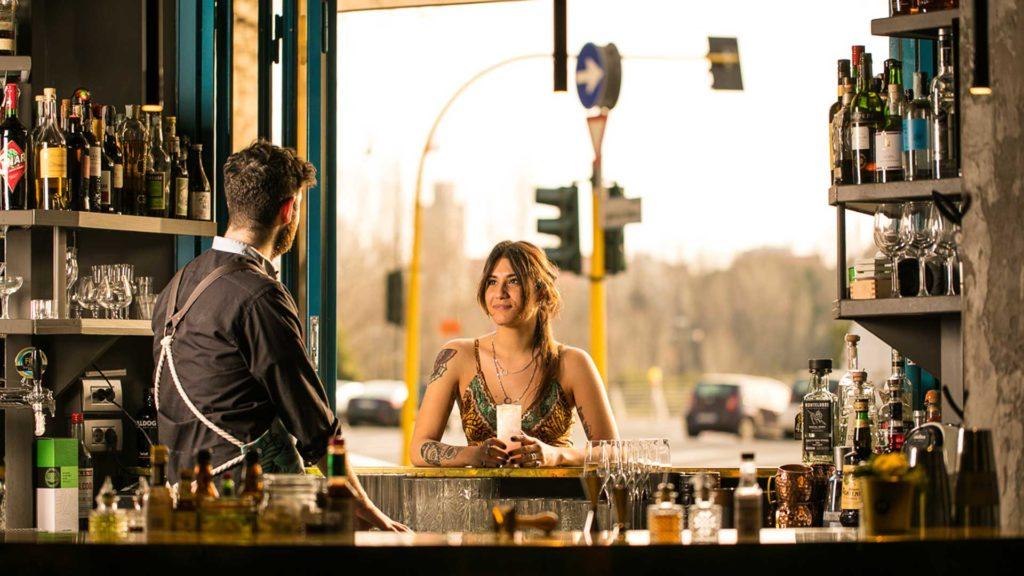 bancone-bar-Metropolita-Roma-Coqtail-Milano