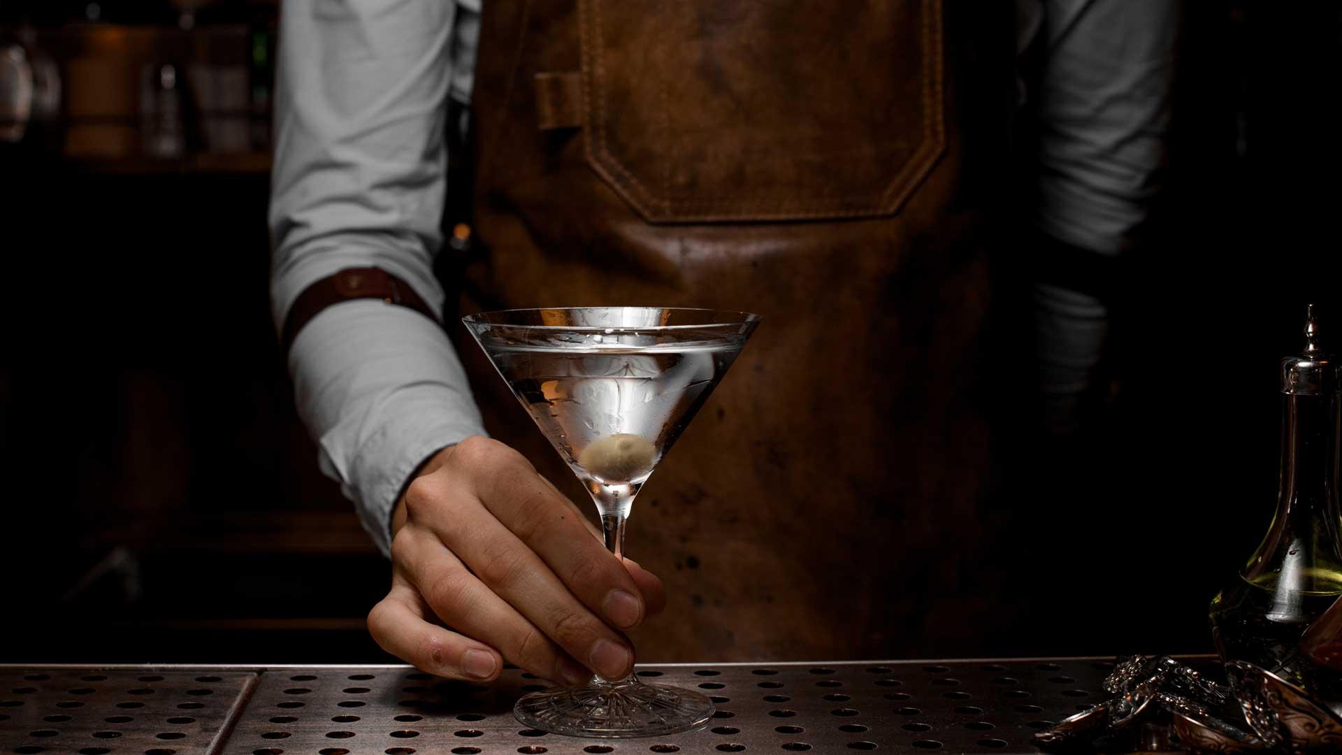 cosa-si-mette-nel-martini-cocktail-Coqtail-Milano