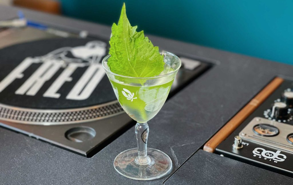 Kyushu-Gimlet-Fred-Records-ricetta-cocktail-Coqtail-Milano