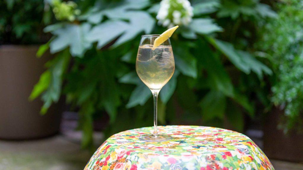 Vesper-Moderno-cocktail-Aperitivo-al-Giardino-Segreto-Identità-Golose-Coqtail-Milano