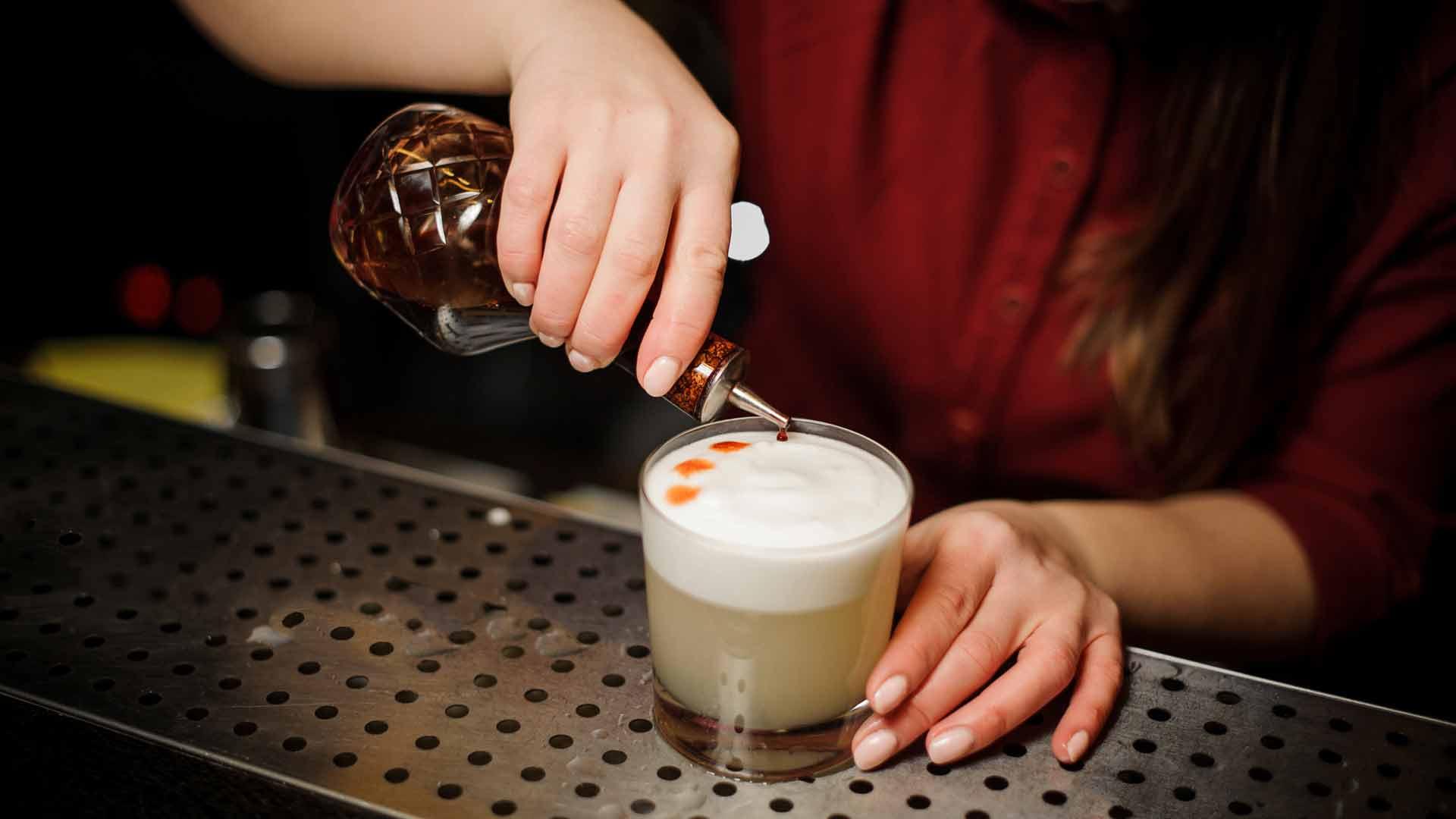 Cocktail-sour-tre-ricette-per-l'estate-Coqtail-Milano