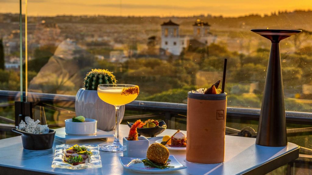 Adèle-Mixology-Lounge-Sky-Bar-Cocktail-Roma-Coqtail-Milano