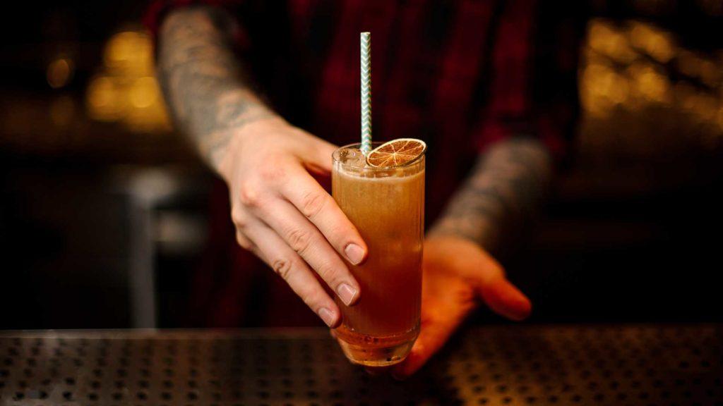Cocktail-internazionali-IBA-Singapore-Sling-Coqtail-Milano