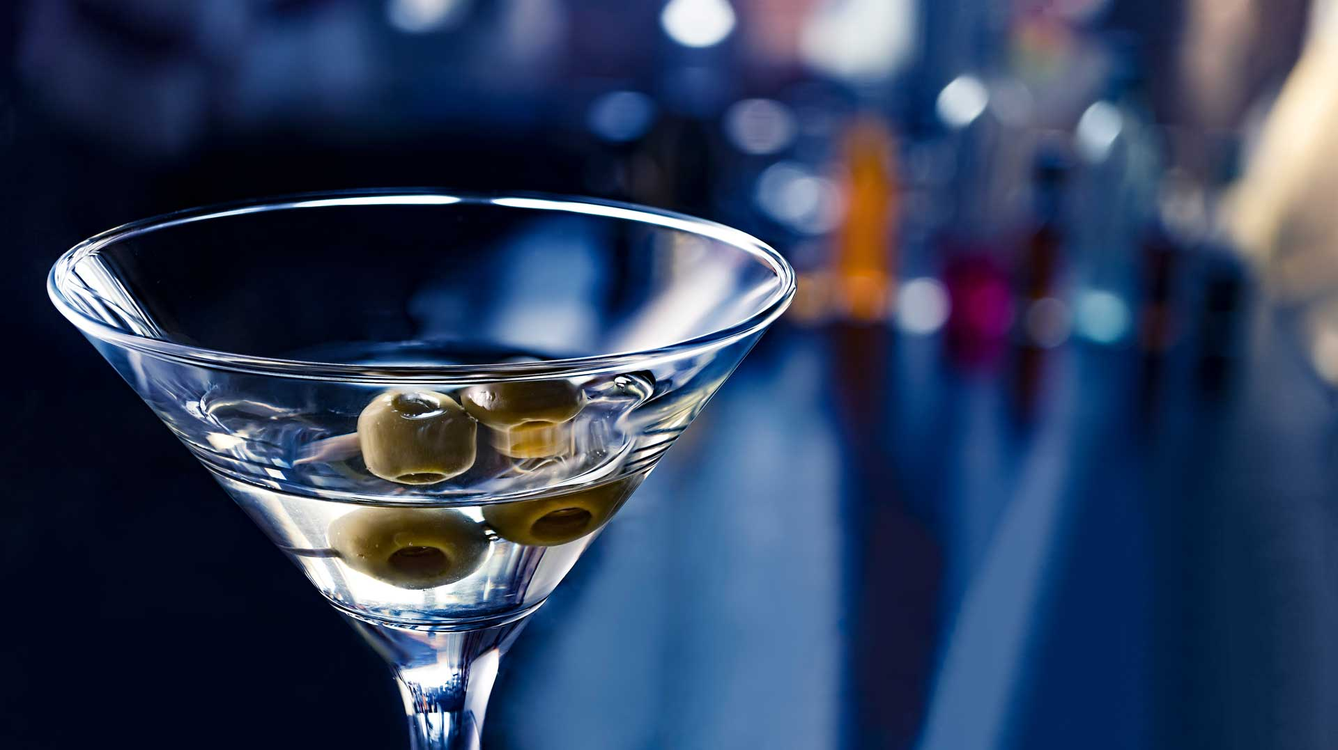 No-time-to-die-007-James-Bond-Coqtail-Milano